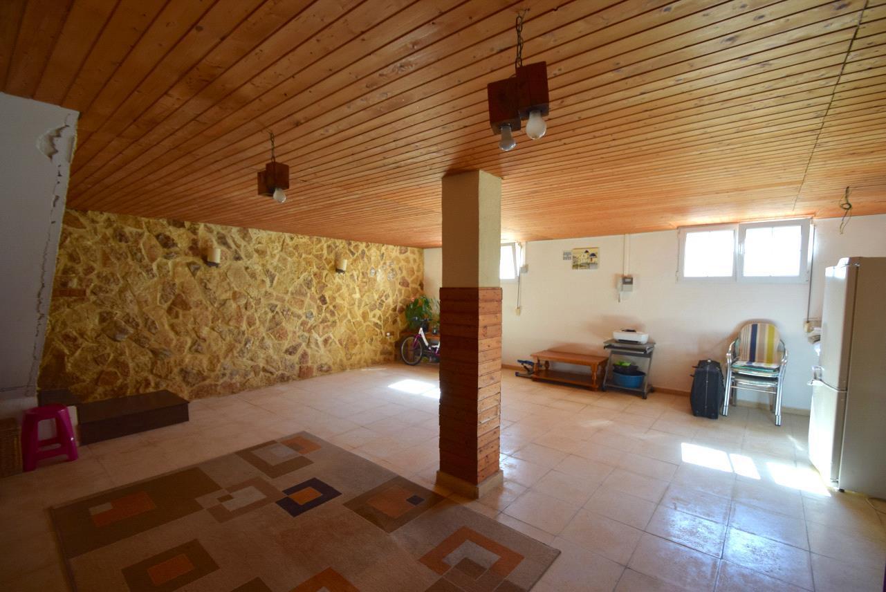 Chalet en zona tranquila de La Nucia