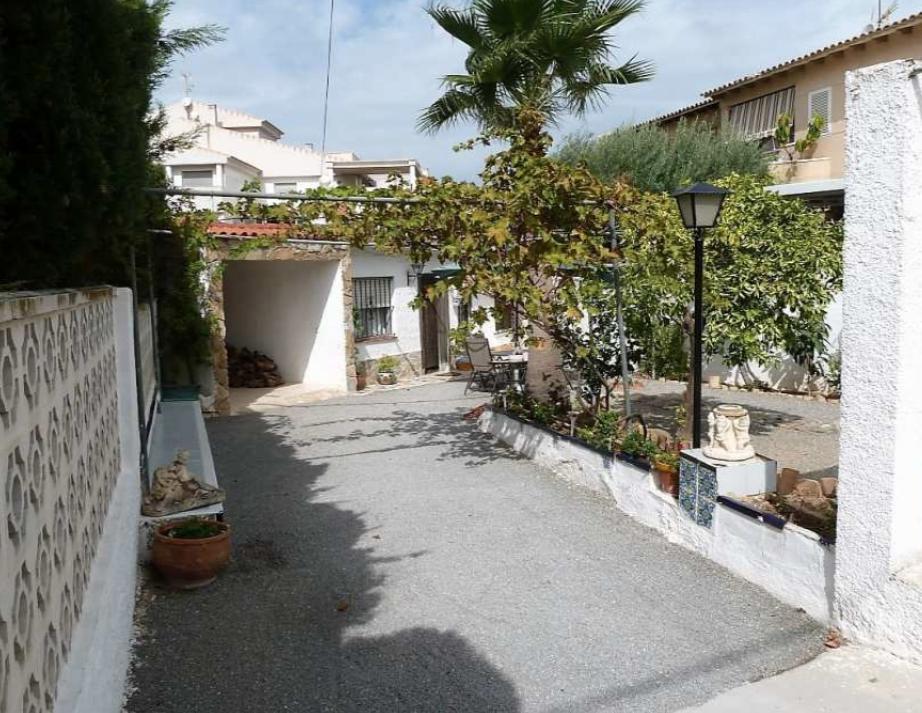 Chalet | Villa en venta en Albir muy centrico