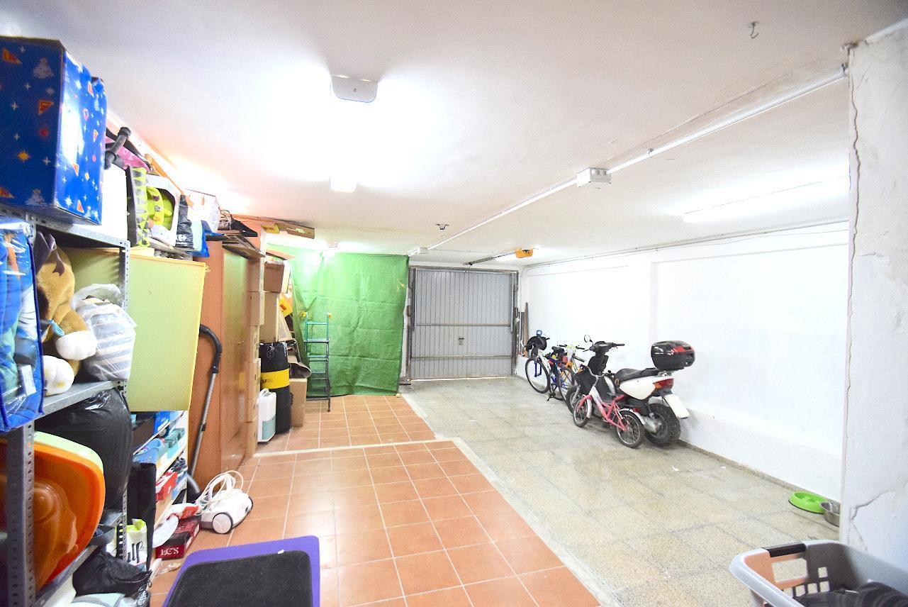 Chalet pareado en zona tranquila y bien comunicada de en La Nucia