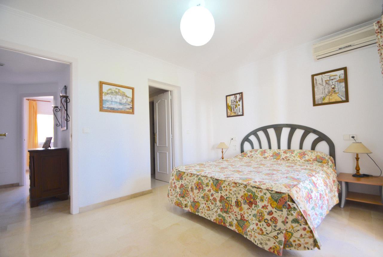 Apartamento en venta en Finestrat, apartamento en Sierra Cortina con vistas panorámicas