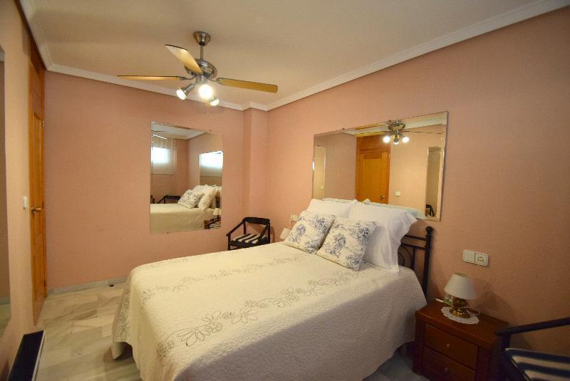 Apartamento en venta en Albir, en primera linea de playa