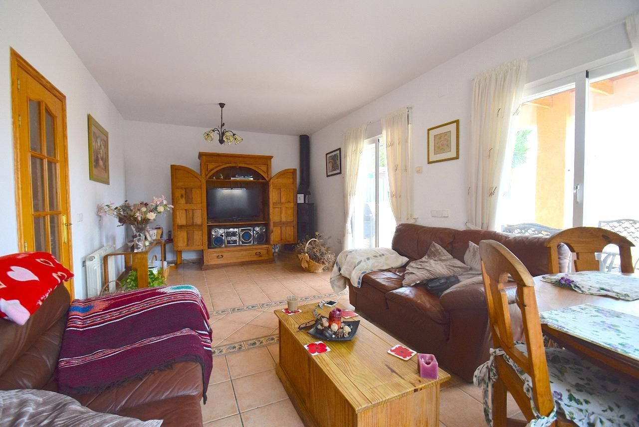 Chalet   Villa en venta en La Nucia, en zona tranquila