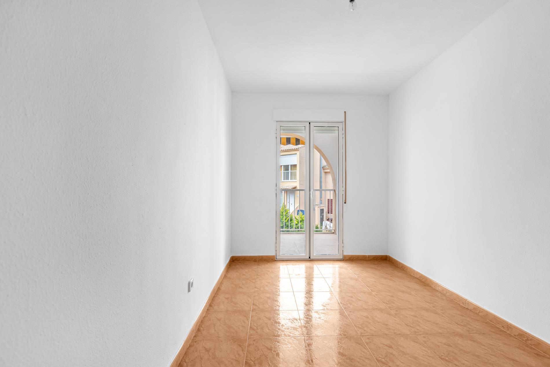 Apartamento en venta en Albir en bonita urbanizacion