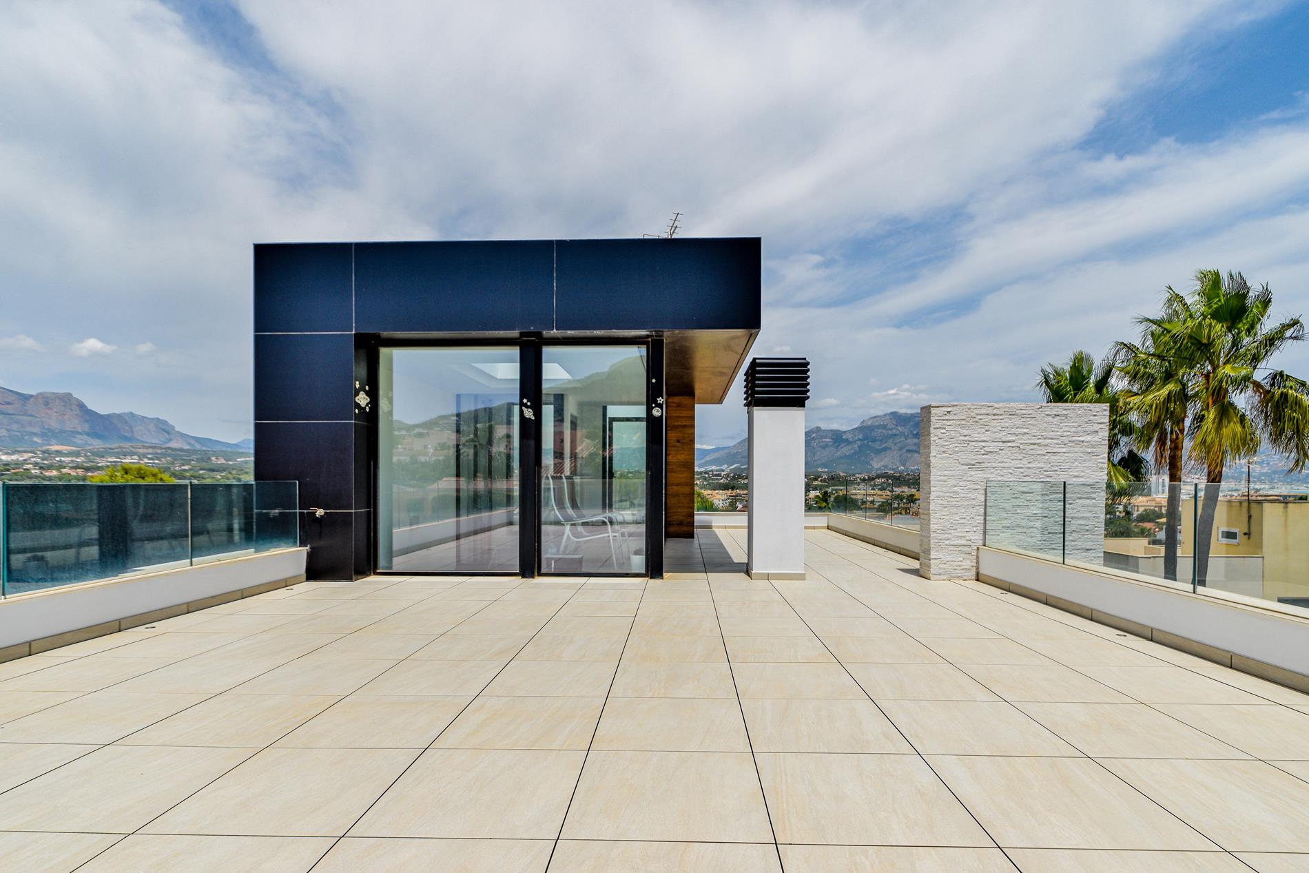 Chalet | Villa en venta en Albir de estilo moderno