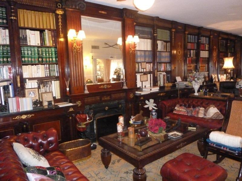 Chalet   Villa en venta en Alicante, zona privilegiada