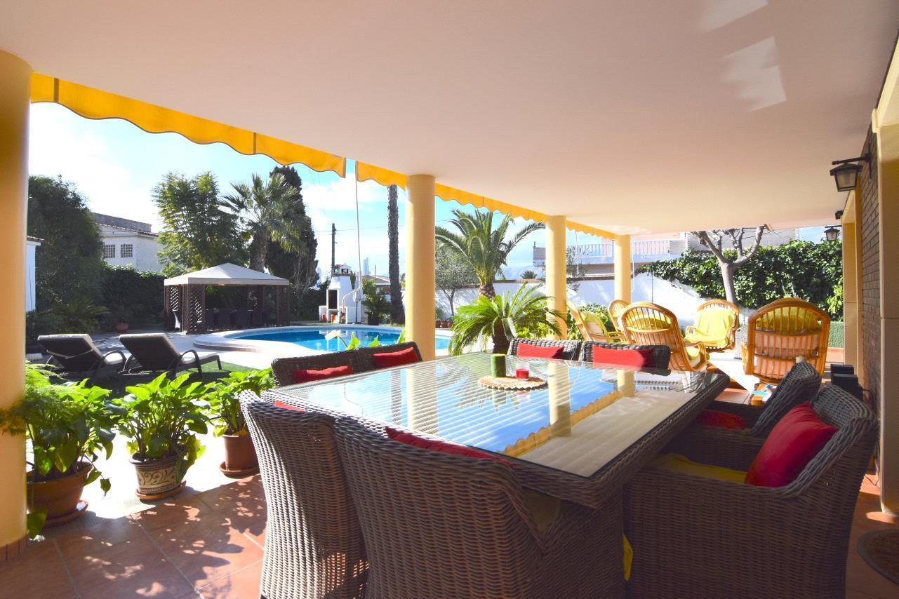 Chalet | Villa en venta en Benidorm