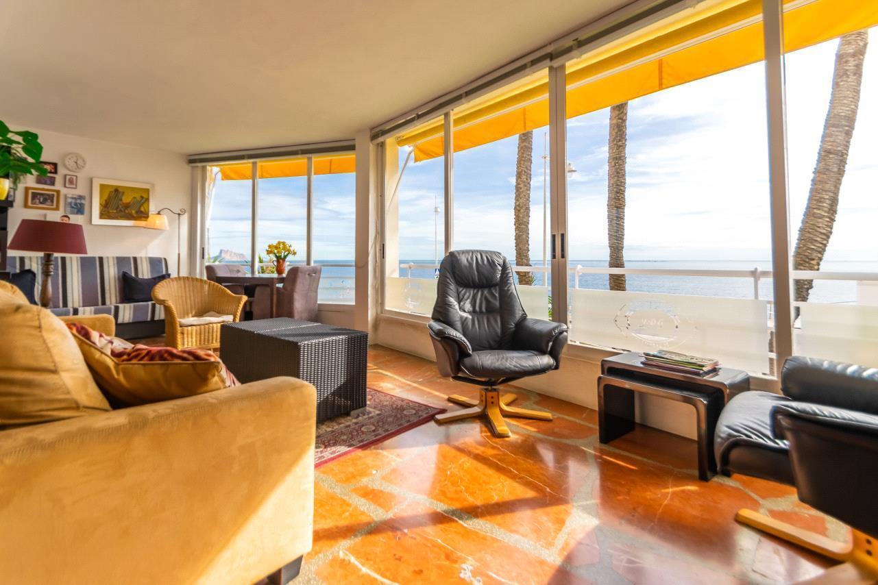 Apartamento en venta en Altea, frente al mar