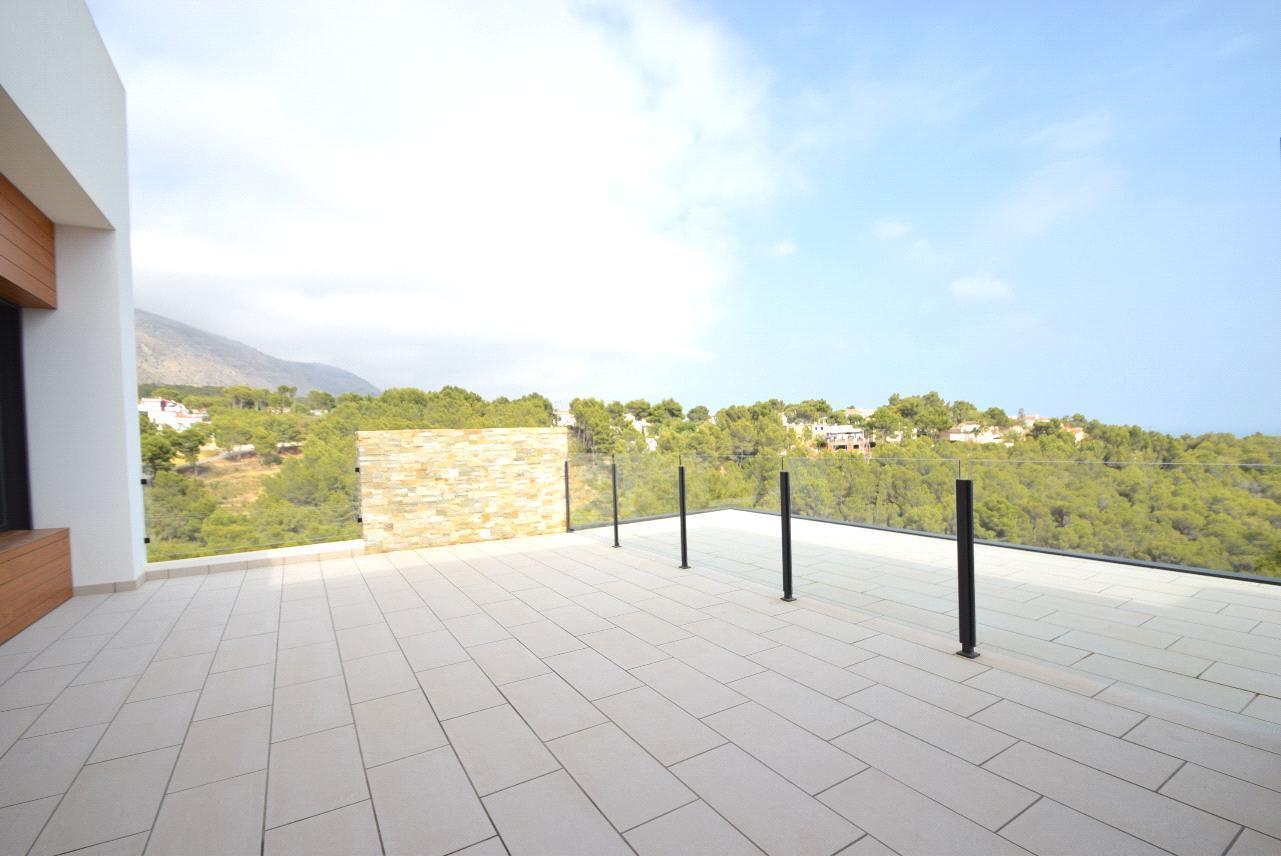 Chalet de lujo con vistas panoramicas mar y montaña en Altea