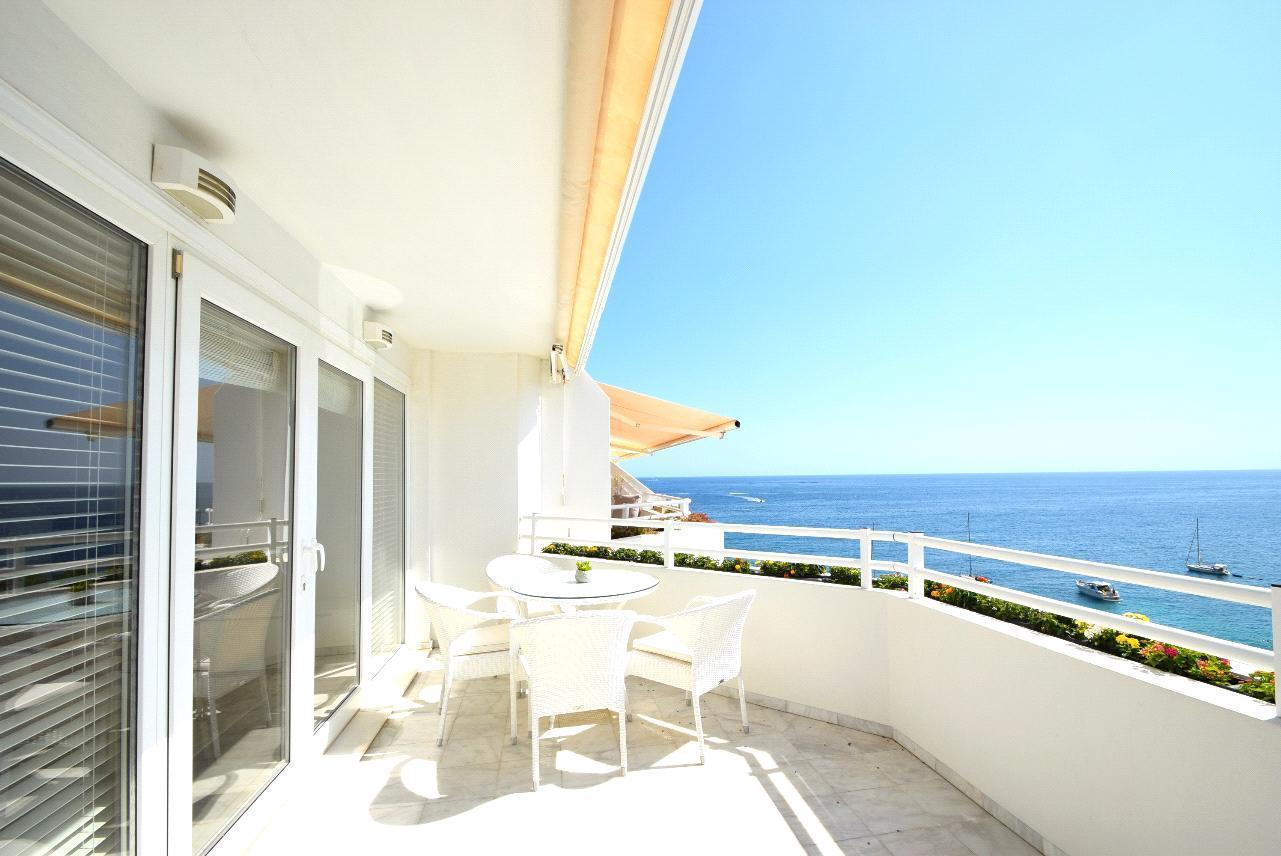 Duplex en venta en Altea, en primera linea de playa