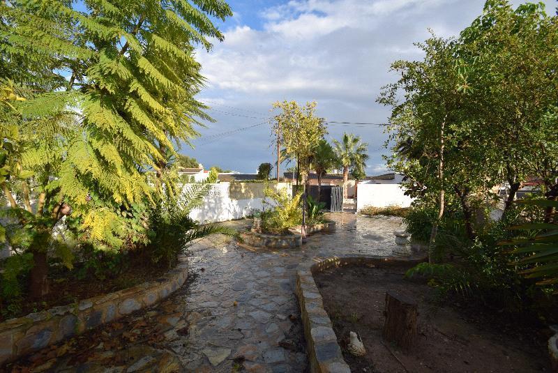 Chalet Pareado en venta en La Nucia, en zona tranquila