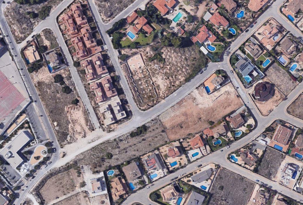 Parcela urbana en venta en Alfas del Pi