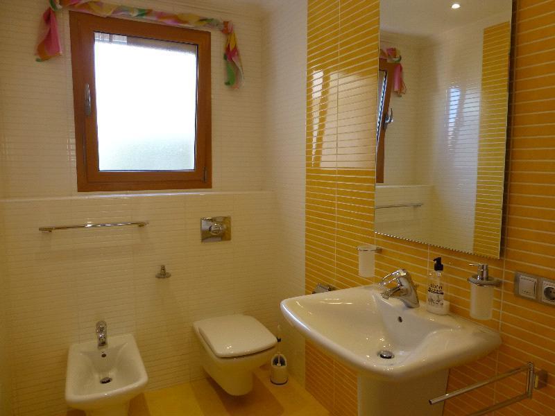 Chalet | Villa en venta en Albir, 500 metros de la playa