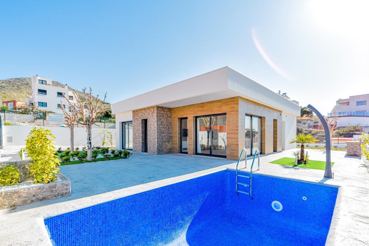 Chalet | Villa en venta en Finestrat energeticamente eficiente