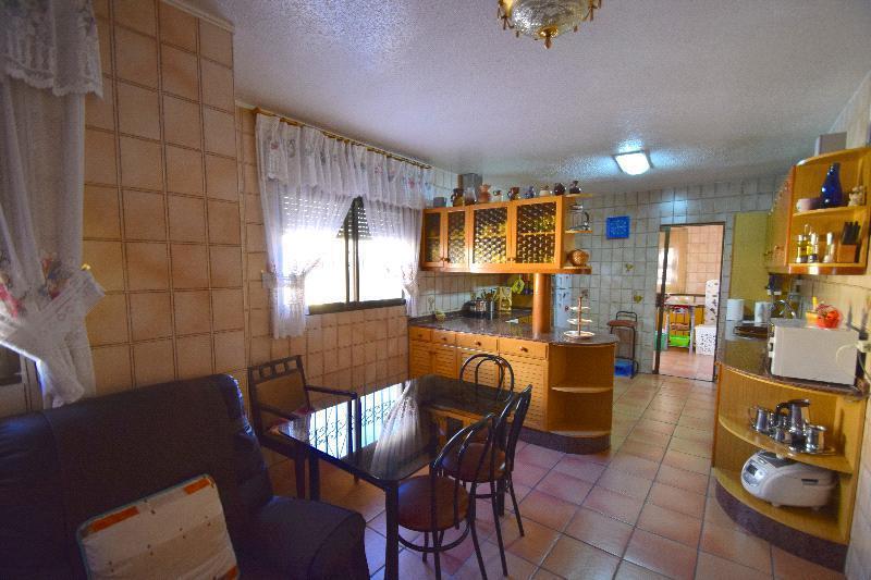 Chalet   Villa en venta en Benidorm, muy cerca de la playa
