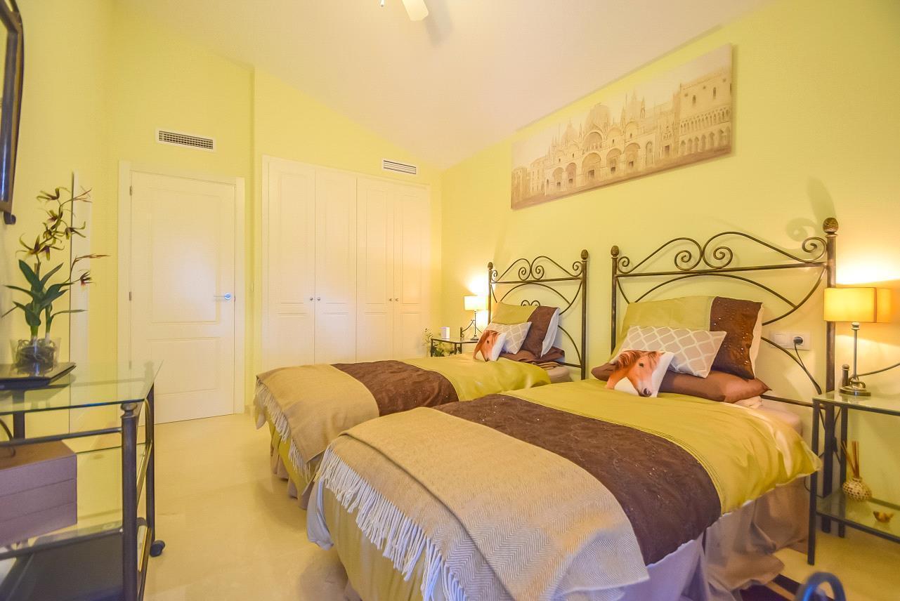 Chalet | Villa en venta en Finestrat, estado impecable