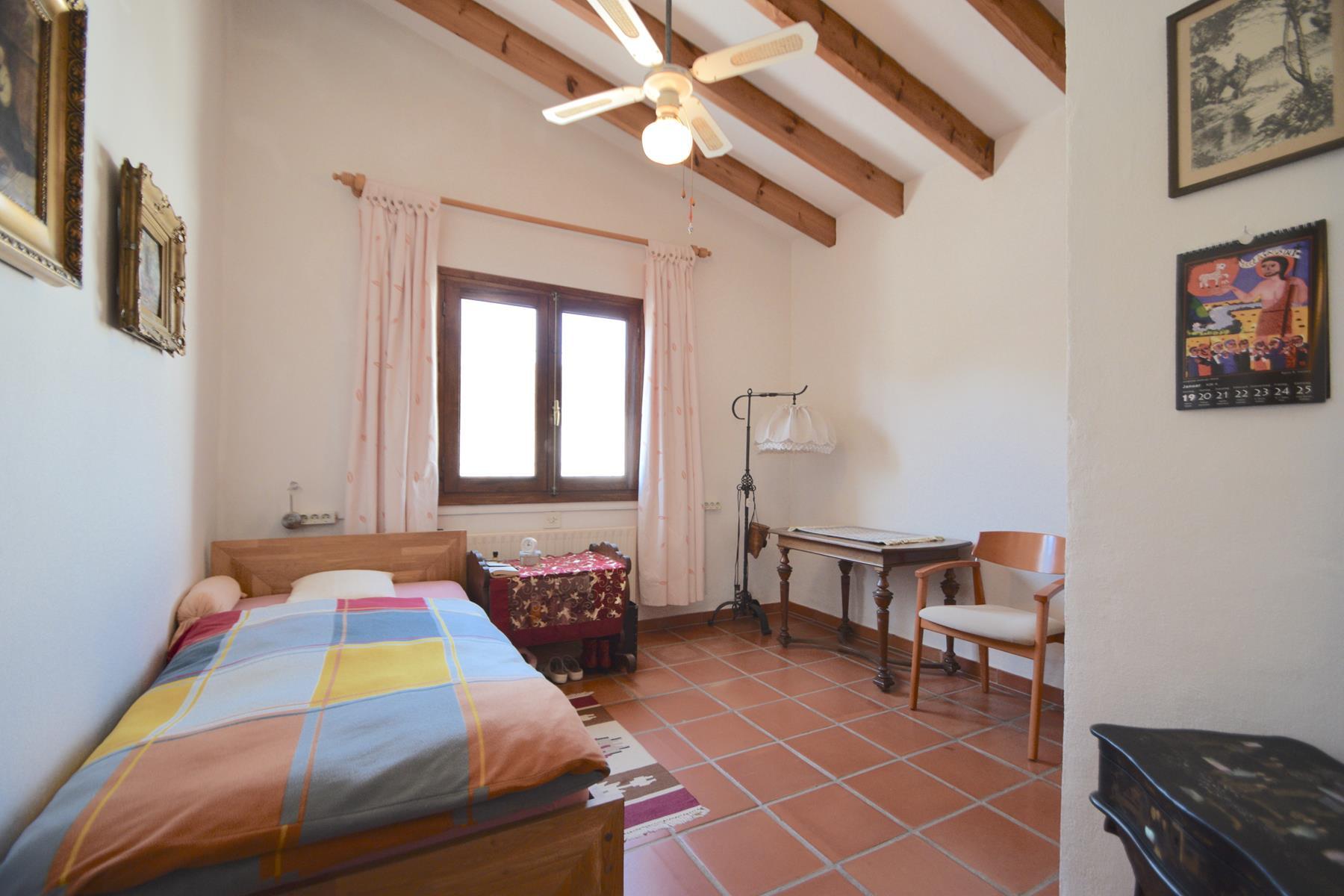 Chalet | Villa en venta en Alfas del Pi, con piscina privada y gran parcela de 5000 m2