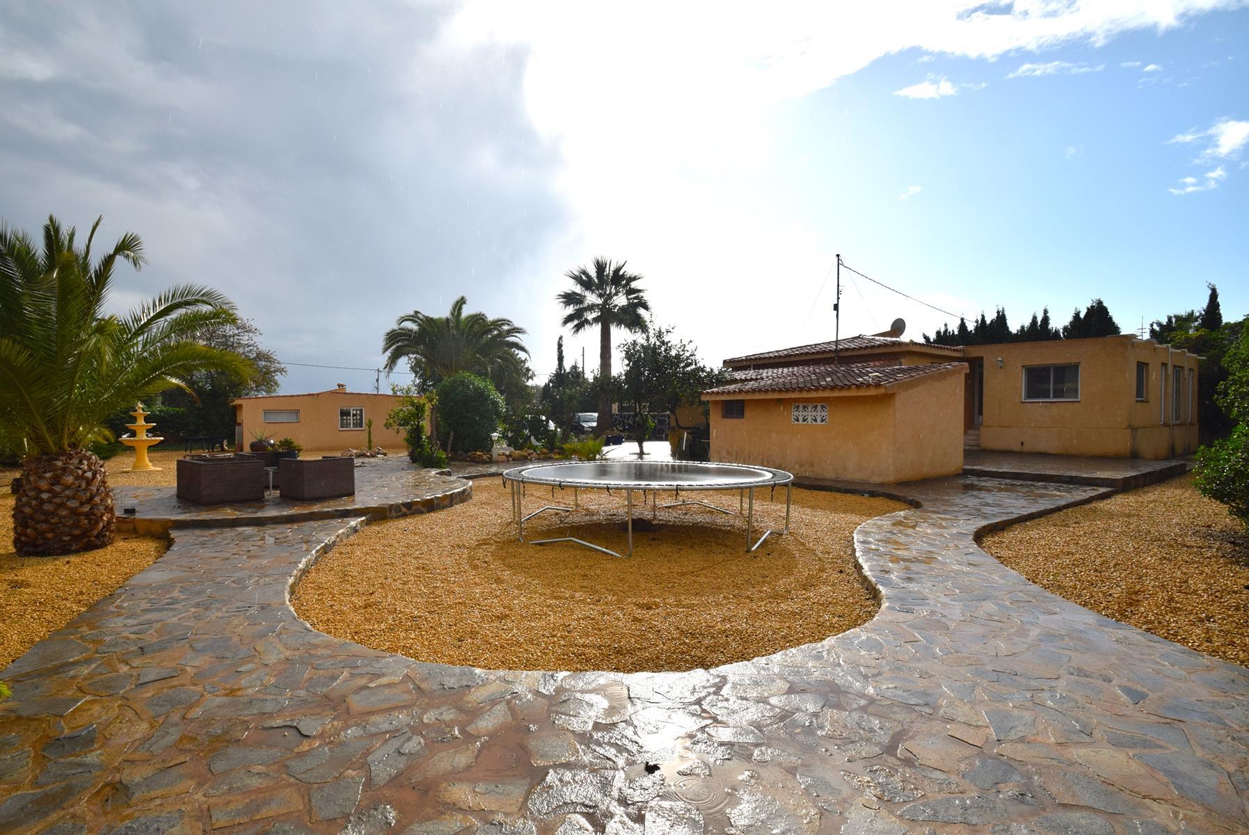 Chalet | Villa en venta en Alfas del Pi