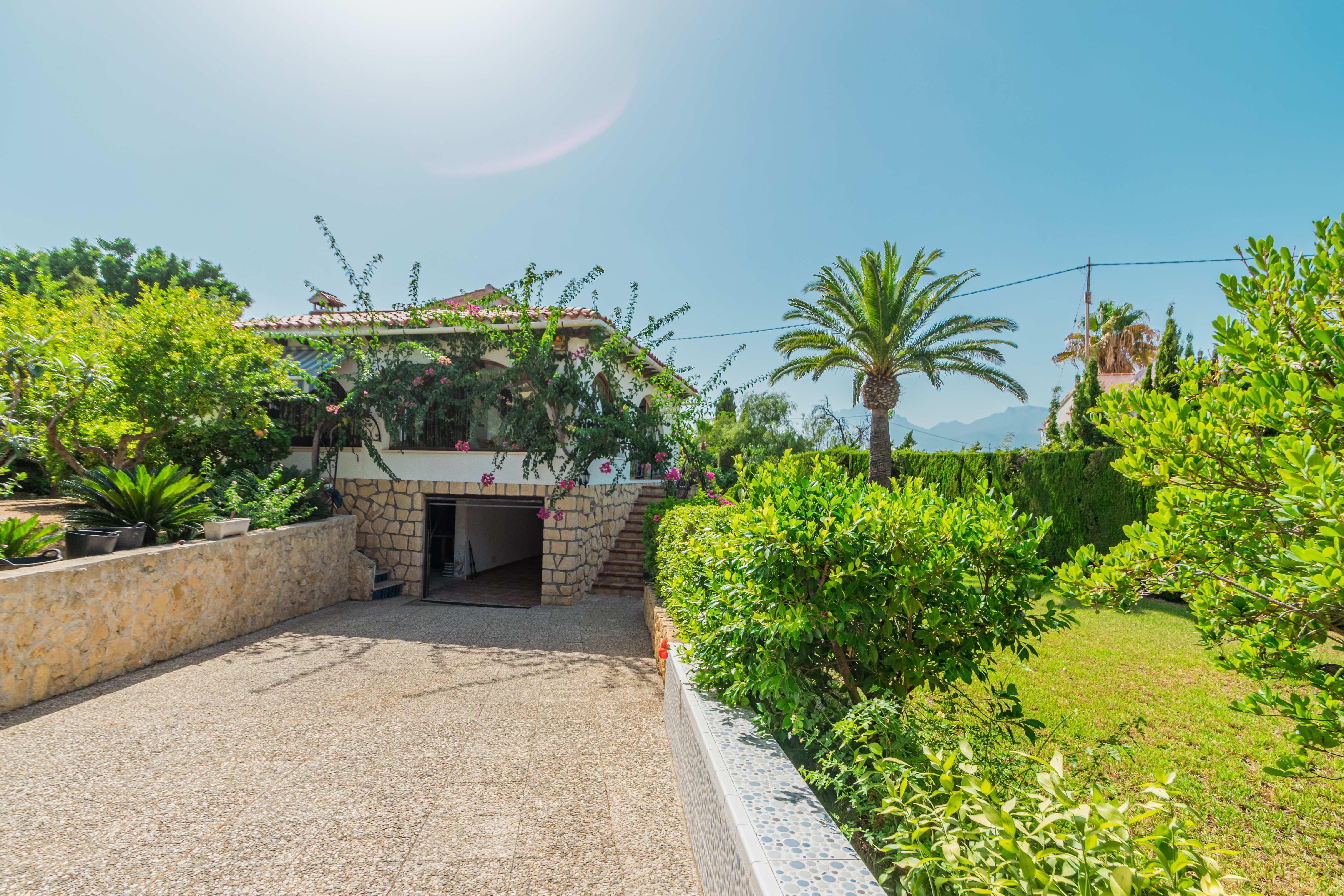 Chalet   Villa en venta en Albir