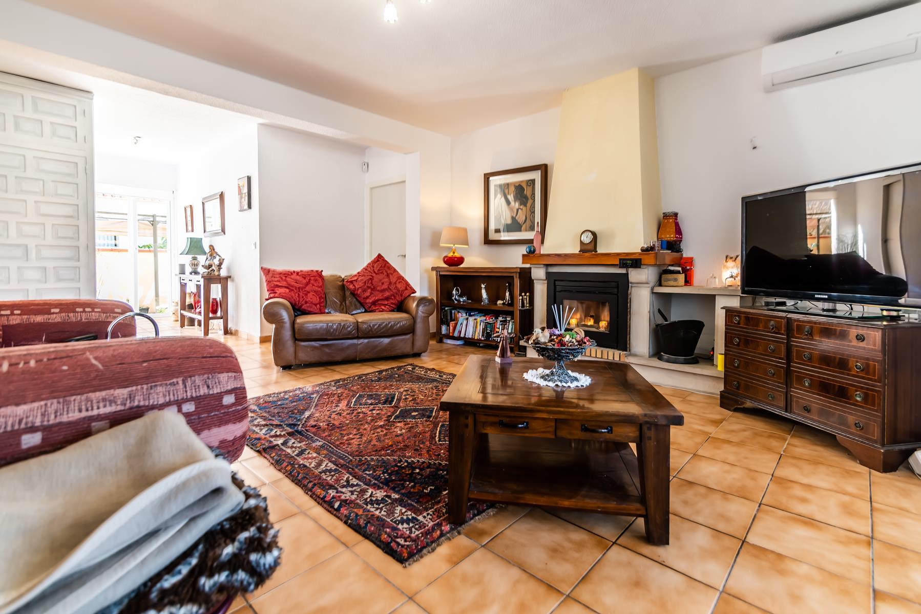 Chalet | Villa en venta en Albir con piscina