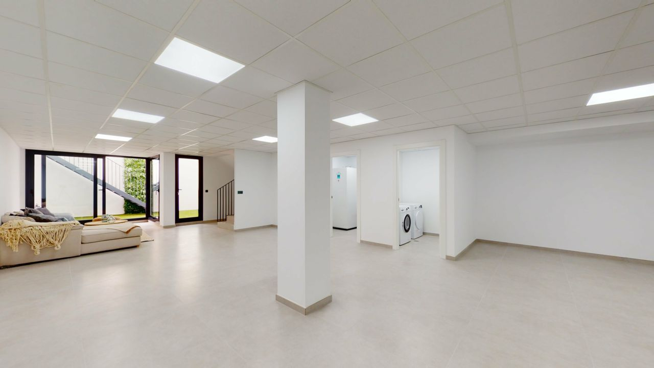Chalet | Villa en venta en Finestrat, de obra nueva y diseño moderno