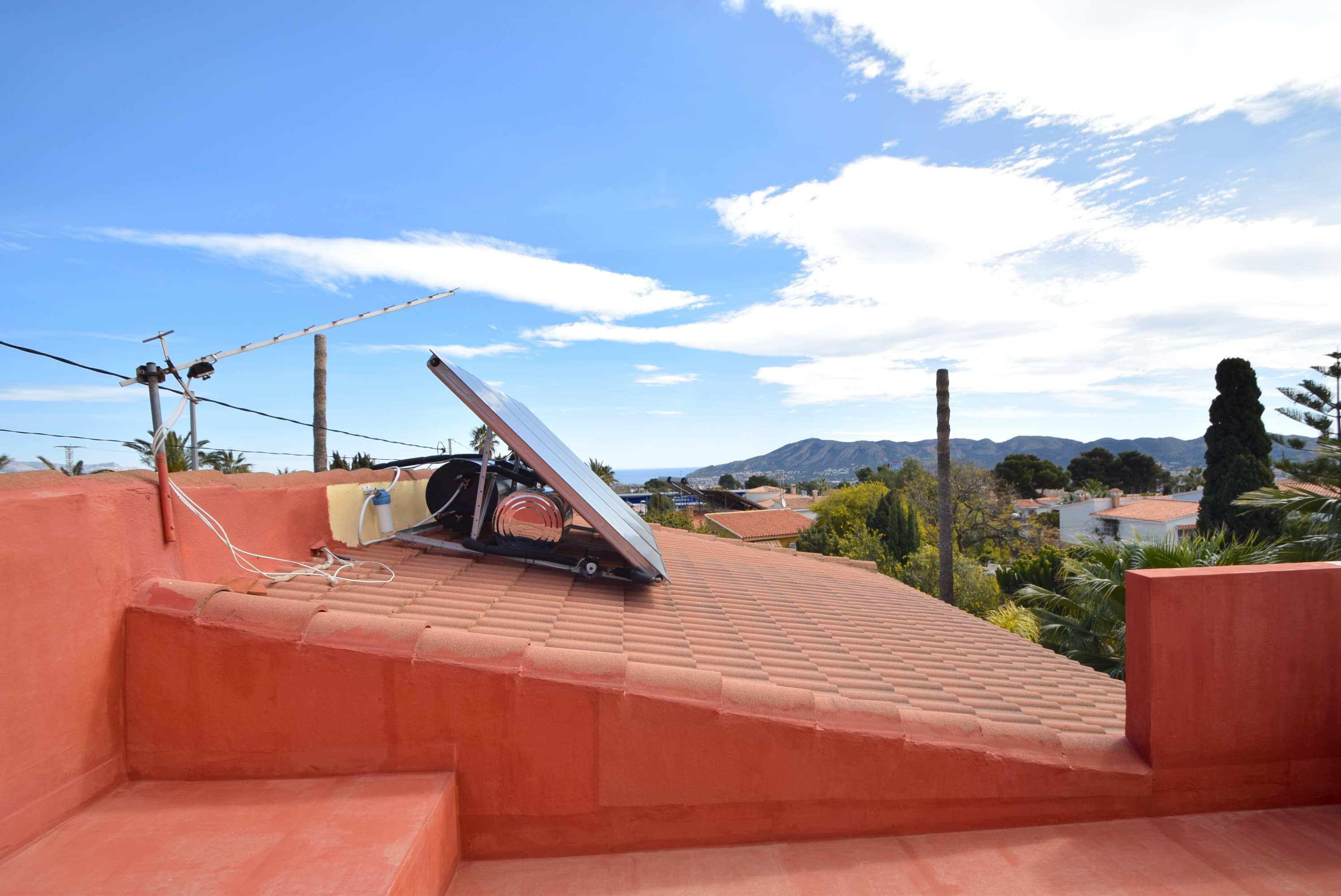 Chalet en una urbanizacion tranquila de La Nucia