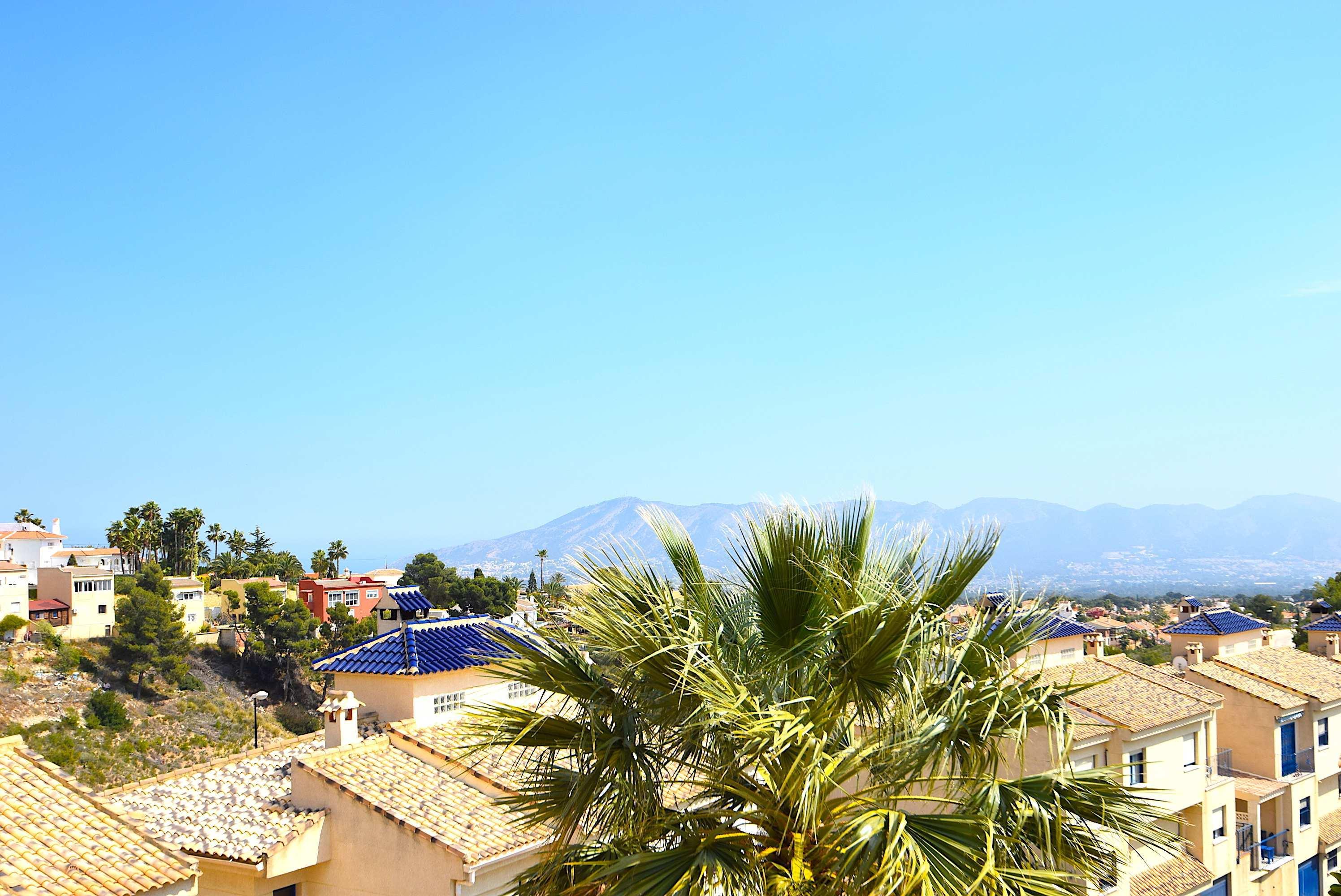 Chalet Pareado con magnificas vistas panoramicas en La Nucia