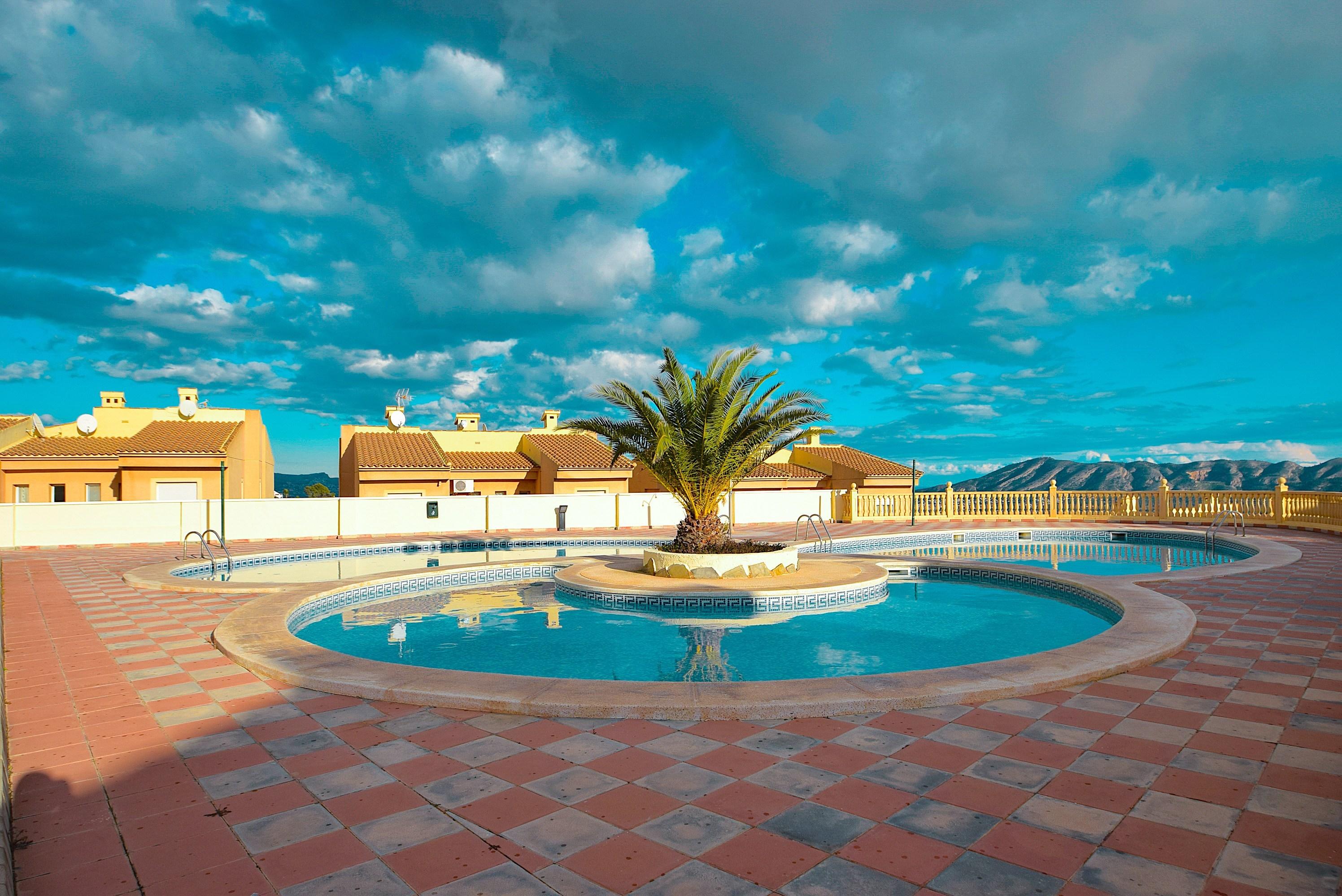 Chalet Pareado con vistas panoramicas en La Nucia