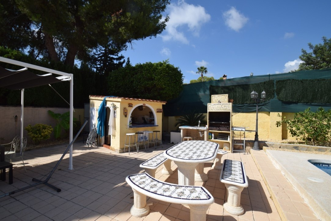 Chalet con piscina privada en Alfaz del Pi