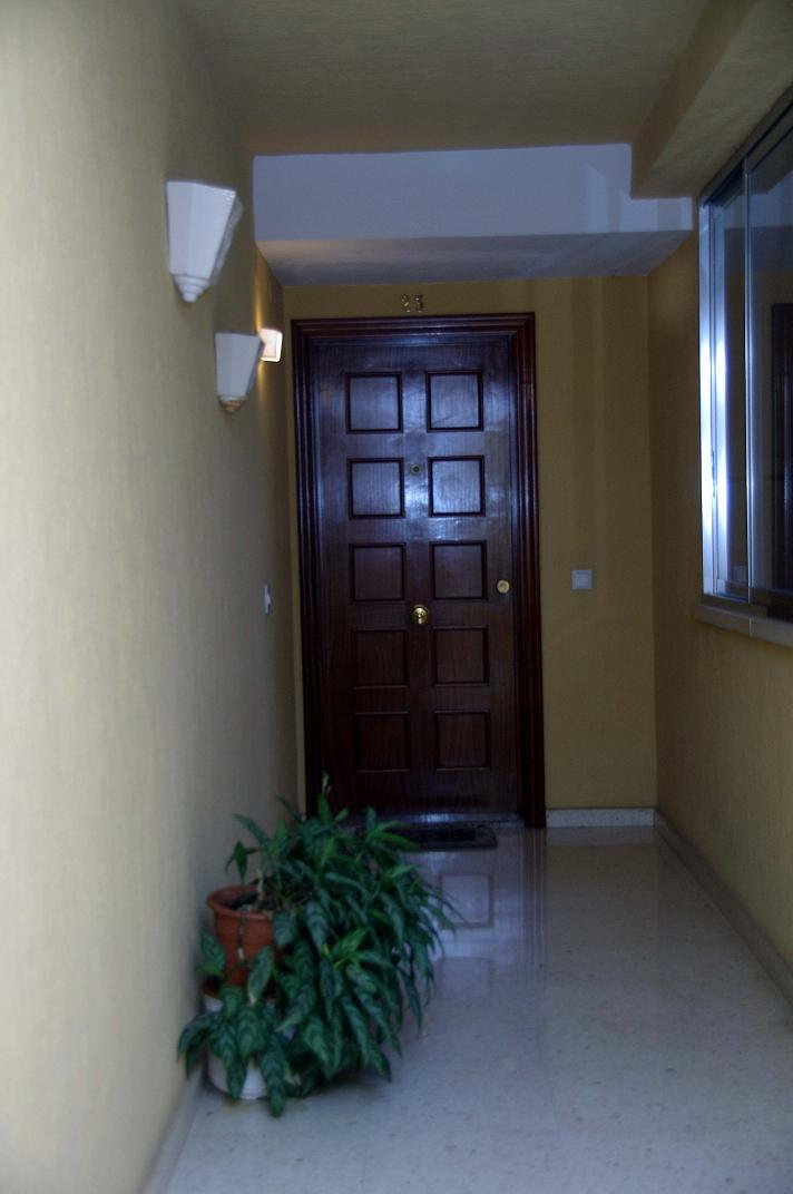 Apartamento en venta en Benidorm, duplex con terraza privada