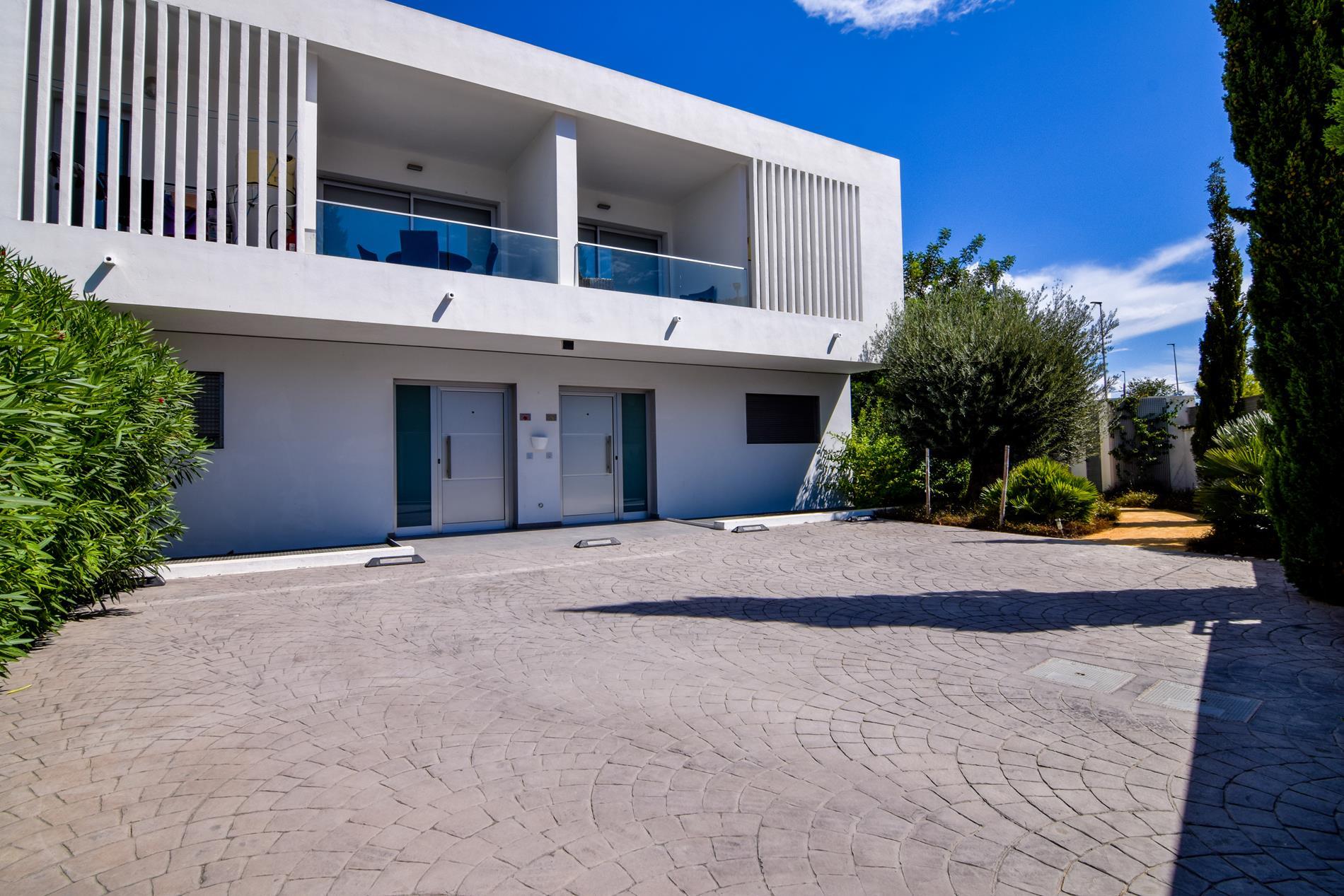 Chalet Pareado en venta en Albir, urbanización de 4 unidades